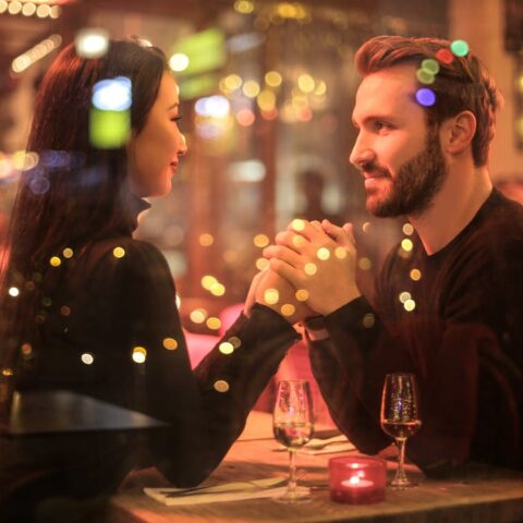 Downtown Wilmington, DE residents on a date