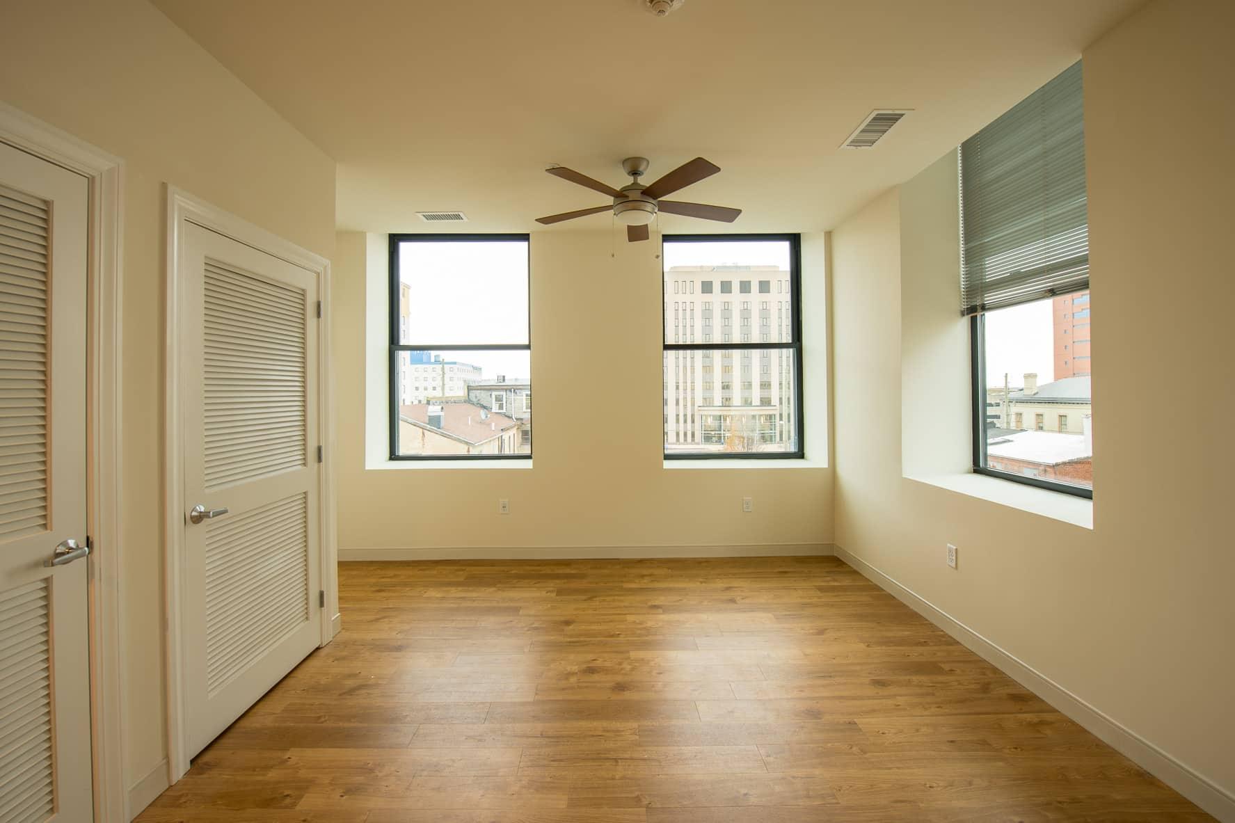 618 MKT Apartment Bedroom